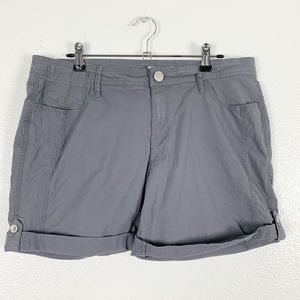 DKNY Jeans Gray Folded Cuff w/ Button Short Casual